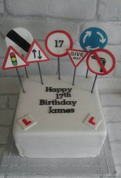 Learner driver birthday cake! #roadsigns #afoolscakes