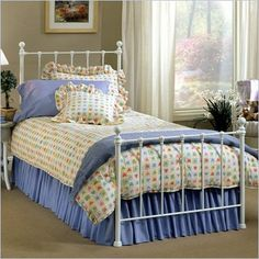 Hillsdale Molly White Metal Panel Bed - 1222BXR