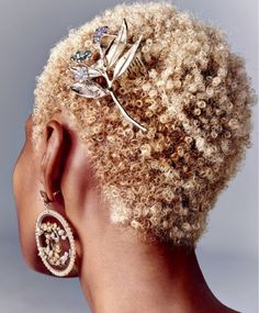 """perfectandpoisonous: """"The Odyssey: Roy Lim for T Singapore December Blonde Twa, Picnic At Hanging Rock, Short Afro, Hair Journey, Naturally Curly, Black Hair, Cool Hairstyles, Natural Hair Styles, Bling"""