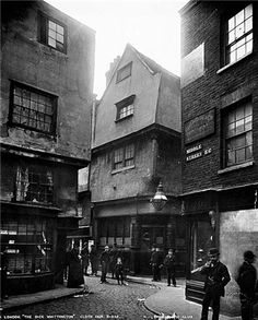 The Old Dick Whittington public house at 24 Cloth Fair (demolished 1919) gives a good impression of how the Mountjoy's house on the corner of Silver Street would have appeared, with two gables, three storeys and an attic.