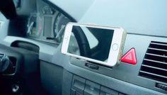 Vyrobte si dvě vychytávky do auta – rychlý držák na mobil, který vás nebude nic stát, a jednoduchý osvěžovač vzduchu, v němž můžete vyměňovat vůně podle nálady. OHODNOŤTE TENTO POŘAD NA ČSFD ZDE.Dotazy, připomínky a fotografie Vašich výrobků posílejte naFACEBOOK.Účinkovala: Ája AgnerováKamera, střih, režie: Jana KusalováDramaturg: Andrea MaloveczkáŠéfproducent: Lukáš Záhoř© 2016 Seznam, a.s.