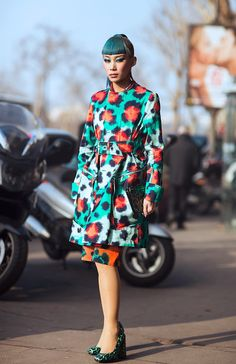 she is positively fascinating. Yulia and that Kenzo number which was completely amazing. Paris.
