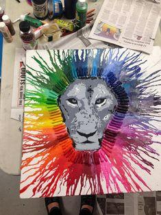Post with 6243 views. Melted crayon art for my senior project Crayons Fondus, Melting Crayons, Chicago Skyline, Crayon Art Tutorials, Crayon Ideas, Wax Crayon Art, Art Wolfe, Drip Art, Art Simple