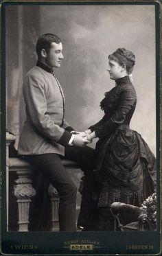 Their eyes are so full of love! Colloredo-Mannsfeld, Johanna Gräfin. Schönburg-Hartenstein, Alois Fürst.