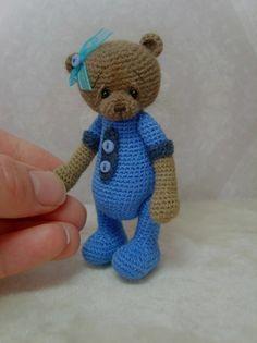 -Mini Crochet THREAD ARTist Teddy Bear Pattern PDF by thetinytoybox