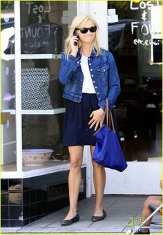 Full Sized Photo of reese witherspoon blue belle 05 Preppy Girl, Preppy Style, My Style, 60 Fashion, Star Fashion, Spring Work Outfits, Spring Clothes, Reese Witherspoon Style, Warm Weather Outfits