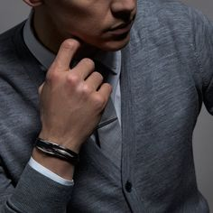 For everyday unisex accessories, shop our luxury multi-wrap men's leather bracelets from our Arc collection. Leather Men, Black Leather, Bracelet Sizes, Bracelets For Men, Wedding Jewelry, What To Wear, Rings For Men, Summer Weddings, Check