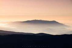 Sunrise on top of spains highest mountain - The Mulhacen in the Sierra Nevada. Sierra Nevada, Sunrise, Lens, Sunrises, Sunrise Photography, Lentils, Rising Sun