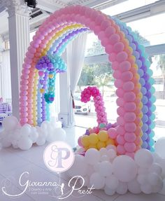 Rainbow First Birthday, First Birthday Parties, Birthday Balloon Decorations, Birthday Balloons, Unicorn Themed Birthday Party, Birthday Party Themes, Deco Ballon, Care Bear Birthday, Rainbow Parties