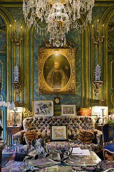 "count & countess d""Ornano apartment in Paris French Interior, Classic Interior, French Decor, Romantic Cottage, French Country Cottage, Interior Styling, Interior Decorating, Amazing Decor, Beautiful Interior Design"