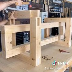 Woodworking Ideas Table, Woodworking Projects Diy, Woodworking Shop, Woodworking Plans, Workbench Ideas, Wood Shop Projects, Diy Furniture Plans Wood Projects, Wood Furniture, Furniture Design