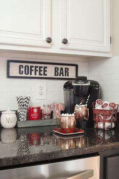 A GORGEOUS home tour full of classic Christmas decor. A GORGEOUS home tour full of classic Christmas decor.littlehouseof… A GORGEOUS home tour full of classic Christmas decor. Retro Home Decor, Easy Home Decor, Cheap Home Decor, Winter Home Decor, Classic Home Decor, Diy House Decor, Coffee House Decor, Home Goods Decor, Cute Home Decor