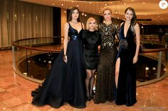 Camila Queiroz, Grazi Massafera e Agatha Moreira posam com Christina Ricci no Emmy Internacional 2016
