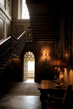 Easton Neston House, England    Now this is what a hallway should look like.