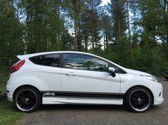 Ford Focus Sedan, Clio Rs, High Performance Cars, Car Ford, Lightning, Polo, Ideas, Cars, Polos