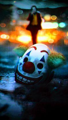 Maschera Joker, Joaquin Phoenix - Maschera Joker, Joaquin Phoenix Best Picture For mask packaging For Your Taste You are looking fo - Joker Comic, Le Joker Batman, Batman Joker Wallpaper, Joker Film, Joker Iphone Wallpaper, Joker Wallpapers, Joker Art, Joaquin Phoenix, Joker Poster