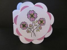 A small, flower shaped card which I cut using a die. Very quick and easy to make. The stamp is my own design, available from: http://stamp-press.com/designers/dette-s/a6-flowers-leaves-by-dette-s-detail