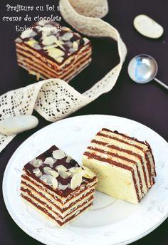 Sheet cake and chocolate cream Romanian Desserts, Romanian Food, My Recipes, Cake Recipes, Square Cakes, Xmas Cookies, Chocolate Cream, Food Inspiration, Food To Make