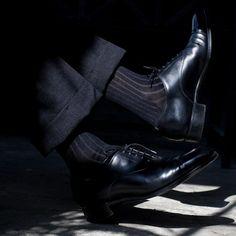 Mens Knee High Socks, Sheer Socks, Dress Socks, Classic Man, Dress Styles, Men's Shoes, Shoes Men, Black And Grey, Oxford Shoes