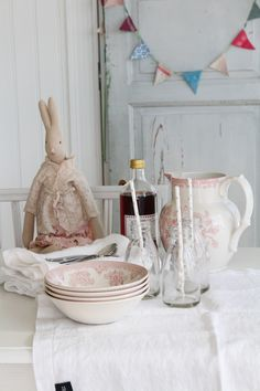 Burleigh Pottery   Pink Asiatic Pheasant Etruscan Tillbringare   Matilde & Co   Handla online