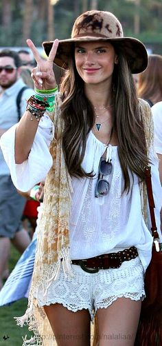 Modern hippie layering necklaces and stacked bracelets with fringe boho chic top and lace gypsy embellished shorts. For the BEST Bohemian fashion style ideas FOLLOW http://www.pinterest.com/happygolicky/the-best-boho-chic-fashion-bohemian-jewelry-gypsy-/ now.