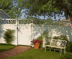 chippendale fence   Δ Privacy with Chippendale Accent