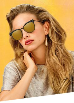 Sunglasses with Thin Metal construction, obtained by working a 0.8 mm thick steel sheet and embellished in the brow area with a rubber insert with pyramid-shaped sections. Thin frames that retain extraordinary resistance, with minimum thickness and maximum lightness for optimal comfort even during prolonged use. Flat base 2 lenses. Sunglasses Italia Independent 0257 #italia #italiaindependent   https://lenshop.eu/manufacturers/12594-italia-independent/sunglasses