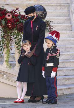 Prince Day, Old Prince, Princess Alexandra, Princess Caroline, Prince Albert Children, Grey Overcoat, Prince Albert Of Monaco, Military Dresses, Monaco Royal Family