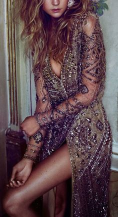 This New Years, pick out a long-sleeved beaded dress. Let DailyDressMe help you find the perfect outfit for whatever the weather! Look Fashion, Womens Fashion, Fashion Design, Fashion Styles, Trendy Fashion, Mode Outfits, Looks Style, Emilio Pucci, Mode Style