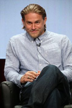 17 Sexy Charlie Hunnam Smirks That Might Seriously Make You Fall in Love: Is there anything hotter than a sexy smirk?