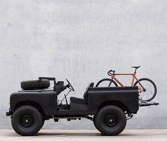 d Land Rover. Defender 90, Land Rover Defender, Land Rovers, Suv Camping, Beach Cars, Offroader, Automobile, Automotive Design, Atvs