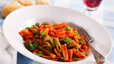 Makkara-makaronipata Koti, Easy Cooking, Carrots, Vegetables, Carrot, Vegetable Recipes, Easy Recipes, Veggies