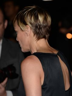 Robin Wright Actress Robin Wright arrives at the special screening of Netflix's 'House of Cards' Season 2 at the Directors Guild of America ...