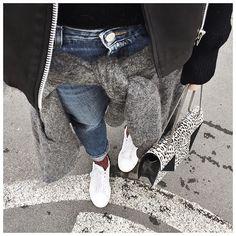 Le bas d'hier : • Knit #aninebing (old) • Jean #acnestudios (on @acnestudios) • Socks #roseanna (on @roseannaofficiel) • Bag #saintlaurent (from @vestiaireco) ...