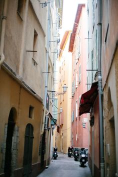 5 Spots to Visit on the French Riviera - The Everygirl