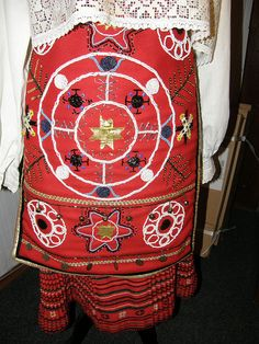 traditional folk costumes, Island of Muhu, Estonia photo by Priit Halberg, pitsimeister, via Flickr. http://www.flickr.com/photos/perignon/3447644551/in/set-72157603974023750/