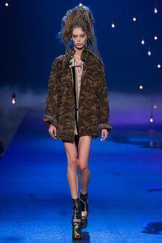 Marc Jacobs Spring 2017 Ready-to-Wear Fashion Show - Ondria Hardin