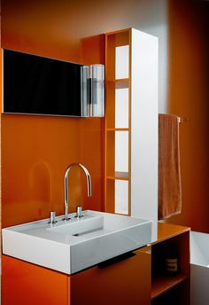 The exhibition aims to show visitors examples of excellent design, elegance and unique style, characteristic for Swiss company called Laufen. The leader in bathroom equipment industry wants the unique design to become part of everyday life.