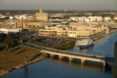Tampa, FL : Channel Side in Downtown Tampa