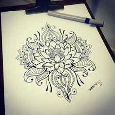tattoo flor de lotus mandala - Mandala's are definitely growing on me for a tattoo idea Neue Tattoos, Body Art Tattoos, Tattoo Drawings, Sleeve Tattoos, Flower Drawings, Forearm Tattoos, Tattoo Henna, Lotus Tattoo, Tatoo Art