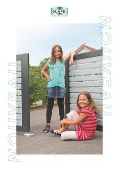 Höchster Komfort schon beim Nachhausekommen! Mit unserem elektrischen Einfahrtstor NOUVEAU lässt sich die Hauseinfahrt modern gestalten. Je nach örtlichen Begebenheiten und persönlichen Vorlieben ist unser NOUVEAU sowohl als Flügeltor als auch als Schiebetor erhältlich. Komfort, Driveway Gate, Split Rail Fence, Fence Ideas, Contemporary Design