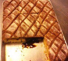 Aprenda como hacer la deliciosa Semita Alta y mieludita, la verdadera y 100% Salvadoreña hecha con sus propias manos. Su familia se lo va a agradecer. Que la disfrute!