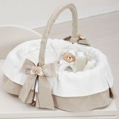 Baby Gadgets, Baby Shawer, Ring Pillow Wedding, Christmas Crafts For Kids, Baby Sewing, Holidays And Events, Kids Furniture, Bassinet, Baby Room