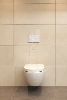 ... #walltiles #floortiles #kalksteinoptik #muster #ideen #badezimmer  #kinderbad #elternbad #gästewc #wc #toilette #showroom #ausstellung #fliesen  ...