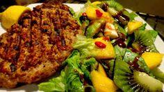 ΜΑΓΕΙΡΙΚΗ ΚΑΙ ΣΥΝΤΑΓΕΣ: Σαλάτες διάφορες !!! Hors D'oeuvres, Salmon Burgers, Salad, Meat, Chicken, Ethnic Recipes, Food, Recipes, Essen