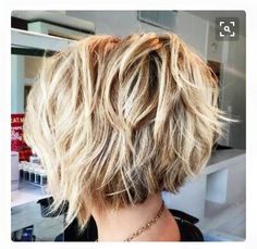 Short Shag Hairstyles That You Simply Can't Miss short shaggy brown blonde hairstyle. Love the back and then a few long pieces in front and sideshort shaggy brown blonde hairstyle. Love the back and then a few long pieces in front and side Short Shag Hairstyles, Cool Hairstyles, Hairstyle Ideas, Hairstyles 2016, Hair Ideas, Pixie Haircuts, Hairdos, Medium Hairstyles, Popular Short Hairstyles