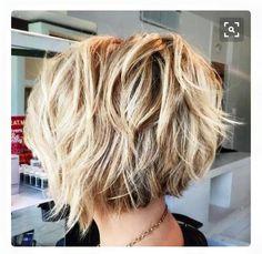 OMG! I love this hair! Brown Blonde, Blonde Hair, Short Shag Hairstyles, Shaggy, New Hair, Yellow Hair, Short Shag Haircuts, Blonde Hairstyles, Bright Hair