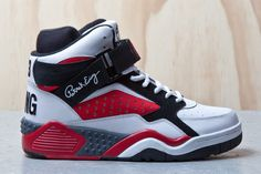 EWING ATHLETICS FOCUS (WHITE/RED/BLACK)