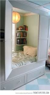 Unique Bed Designs and Creative Bedroom Decorating Ideas A closet of one's own. creative bed design ideas and unique furniture for bedroom decoratingA closet of one's own. creative bed design ideas and unique furniture for bedroom decorating Awesome Bedrooms, Cool Rooms, Cool Bedroom Ideas, Storage Ideas For Small Bedrooms Teens, Room Ideas For Teen Girls, Coolest Bedrooms, Small Teen Room, Beds For Small Spaces, Tiny Spaces
