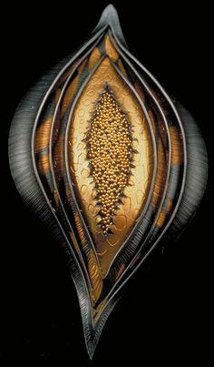 Portfolio Brooch/Pendant Pod, Judith Kinghorn, Sterling silver, 24 karat gold, and 22 karat gold, brooch/pendant